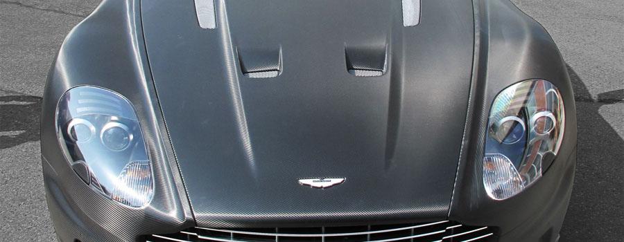 Aston Martin DBS Carbonstrukturfolie, Frontansicht